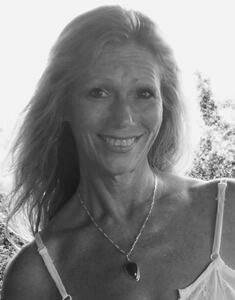 Lisa T Brown