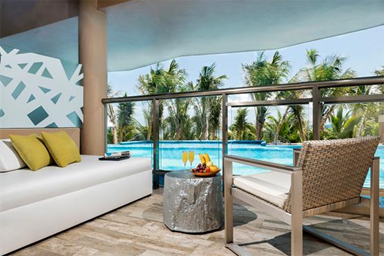 el-dorado-seaside-suites-swim-up